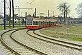 Croydon tram on sharp bend, 2000 - geograph.org.uk - 2125057.jpg