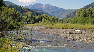 Crystal River (Colorado) - Crystal River at Redstone, with Chair Mountain in distance