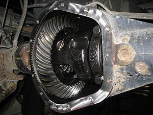 Dana 60 - Dana 60 Full Float (30 Spline, 4.10:1 gears, Limited Slip). From a 1999 4×4 Dodge 2500HD