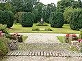 Dekkerswald Groesbeek, Nijmeegsebaan 31, Heilig Hartbeeld in tuin.JPG