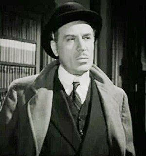 Sherlock Holmes (1939 film series) - Dennis Hoey, as Inspector Lestrade in Sherlock Holmes and the Secret Weapon