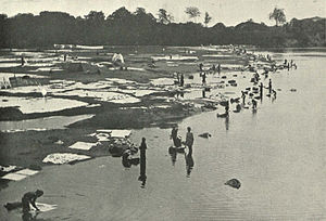 Dhobi - Dhobies at work at Saidape, c. 1905