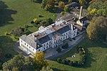 Doba, az Erdődy-kastély a magasból.jpg