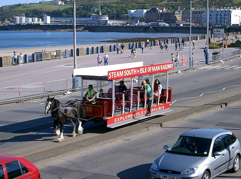 Crossrail and other Remarkable Railways 800px-Douglas-IOM-horse-tram1
