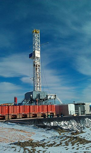 Drilling rig - Drilling the Bakken Formation in the Williston Basin