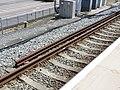 Ebbsfleet International railway station third rail 5176.jpg