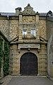 Eingang Schloss Beaufort 01.jpg