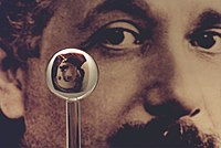 Einstein gyro gravity probe b.jpg