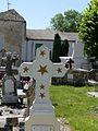 Eyrenville cimetière croix (3).jpg