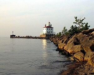 Fairport Harbor, Ohio - Image: Fairport Harbor West Breakwater Light