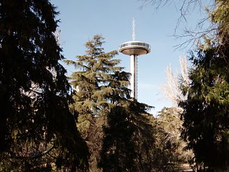 Faro de Moncloa - View of Faro de Moncloa from the ground