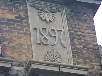 Fire Station No. 4 (Elmira, New York) - Image: Fire Station No 4 detail