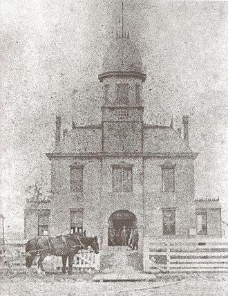 Acadia Parish, Louisiana - Image: First Acadia Parish Courthouse