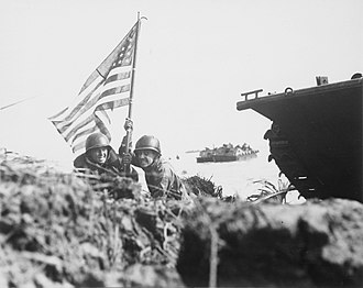 Battle of Guam (1944) - Marines planting the American flag