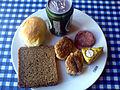Flickr - cyclonebill - Rugbrød, bolle, frikadeller, spegepølse, camembert og øl.jpg