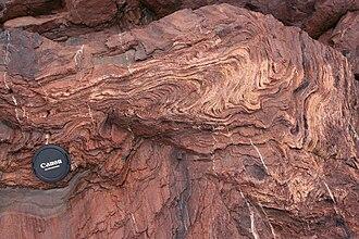 Flow banding - Image: Flow banded rhyolite