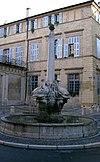 Fontaine-des-Quatre-Dauphins in Aix-en-Provence