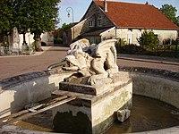 Fontaine de la Peute Bete.jpg