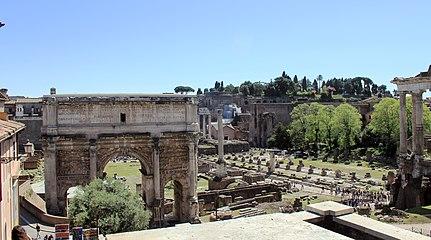 Forum Romanum Arch Septimus 2011 3.jpg