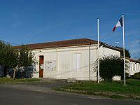 Fours33 mairie.JPG