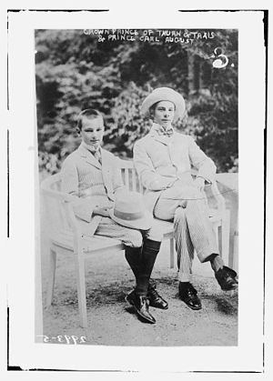 Franz Joseph, 9th Prince of Thurn and Taxis - Franz Joseph with his younger brother, Karl August, circa 1910