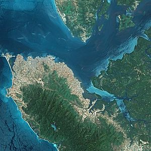 Freetown - A satellite picture of Freetown, 2006.
