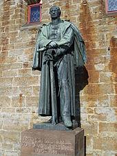 Statue von Friedrich WilhelmIII. auf der Burg Hohenzollern (Quelle: Wikimedia)