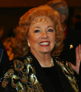 Georgia Frontiere American football owner