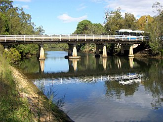Lane Cove River - Image: Fullers Bridge & Bus