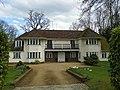 GOC Watton-at-Stone 068 House in Tewin Wood (27540049562).jpg