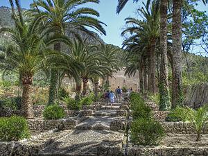 Bunyola reisef hrer auf wikivoyage for Jardines alfabia
