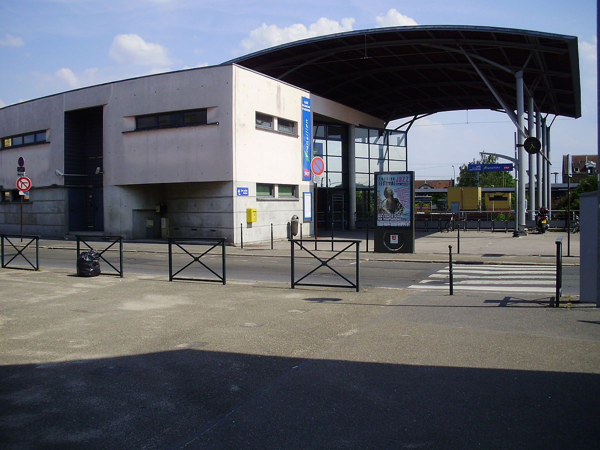 gare de conflans sainte honorine wikip dia. Black Bedroom Furniture Sets. Home Design Ideas