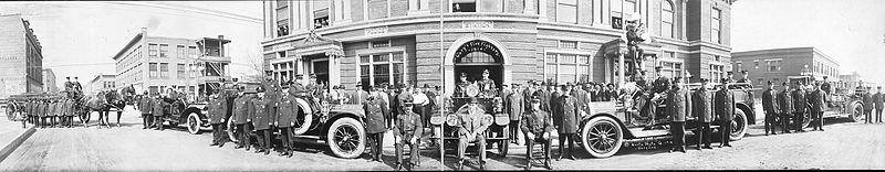 Garys Fire fighters 1914.jpg