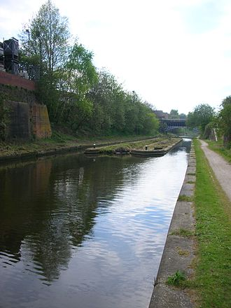 Toll point - Derelict gauging station island at Engine Arm Aqueduct, Smethwick on the BCN