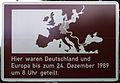 Gedenktafel Potsdamer Chaussee (Klado) Deutsche Teilung.jpg