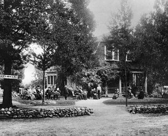 Glen-Holly Hotel - Image: Glen Holly Hotel 1890