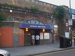 Goldhawk Road stn east entrance.JPG