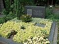 Grab Altmeier Hauptfriedhof Koblenz.jpg