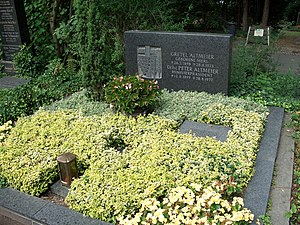 Peter Altmeier - Grave of Peter Altmeier at the cemetery of Koblenz.