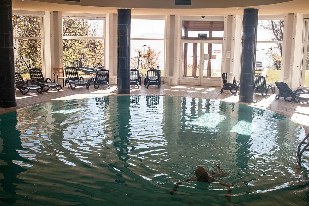 F Jl Grand Hotel Galya Swimming Wikip Dia