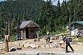 Grouse Mountain Lumberjack ax throwing (44004873894).jpg