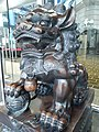 HK Central 皇后大道 29 Queen's Road Central 安怡華人大廈 Aon China Building metal Chinese lion July 2020 SS2 02.jpg