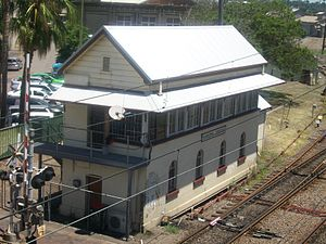 Hamilton railway station, New South Wales - Hamilton Junction signal box in November 2011