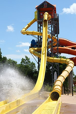 Hawaiian Falls - The Waikiki Wipeout slides