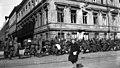 Helsingin valtaus, Saksalaisia sotilaita Pohjoisesplanadi 3-n kohdalla. - N63291 (hkm.HKMS000005-00000ueb).jpg