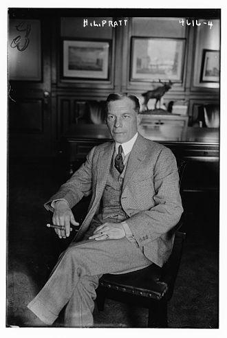 Herbert L. Pratt - Photograph of Pratt in 1918