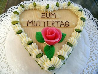 Mother's Day - Mother's Day cake in Germany