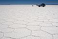 Hexagons, Salar de Uyuni, Bolivia (2086104060).jpg