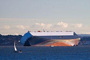 MV Hoegh Osaka - The grounded ship in January 2015