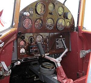 De Havilland Hornet Moth - 1936 de Havilland DH87B Hornet Moth cockpit
